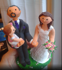 Cake topper couple with baby girl pink bouquet